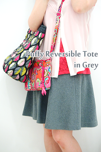 Puffy-Reversible-Tote-in-Grey08
