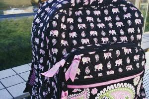 ひさびさにちゃんとしたヴェラの写真。今日は桃象さんのバックパックです♪ #verabradley #ウェラフラットリー
